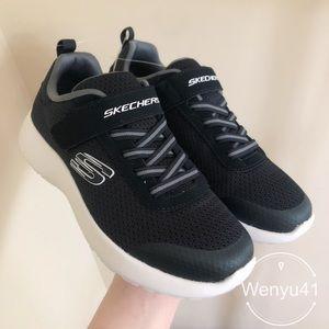 Skechers boys running shoes